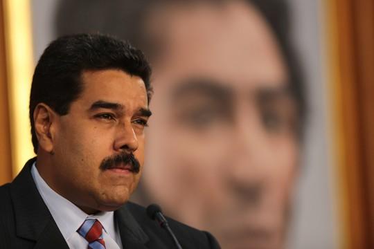 Presidente Nicolás Maduro anuncia acciones contra la Guerra Económica