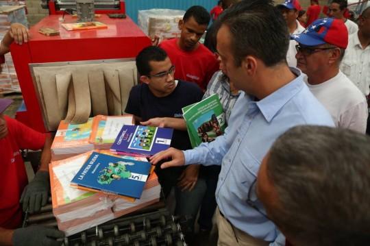 Tareck El Aissami inauguró Centro de Distribución de Libros de la Colección Bicentenario