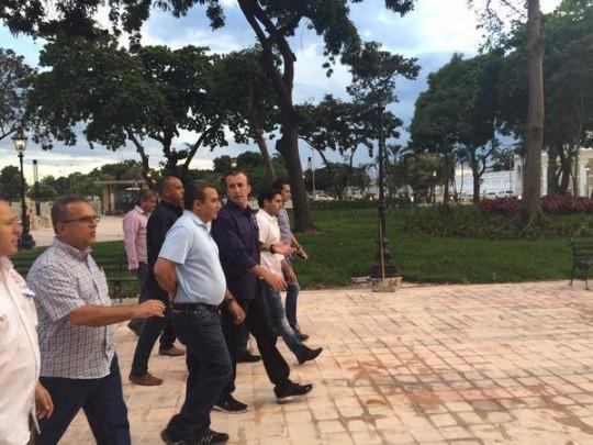 El Aissami inspeccionó las plazas Bolívar y El Ancla