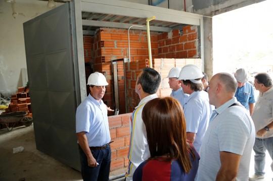 Tareck El Aissami inspeccionó remodelación del Teatro de Ópera de Maracay