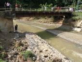 El Aissami visitó familias afectadas por lluvias en San Casimiro. 10 de mayo de 2013