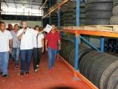 Gobierno Bolivariano de Aragua inauguró proveeduría del transporte. 15 de mayo de 2013