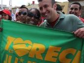 Tareck El Aissami en su recorrido por Cagua, municipio Sucre, que incluyó intercambio con los pobladores, visitas a escuelas, casas y centro de entrenamiento deportivo. 6 de noviembre de 2012.