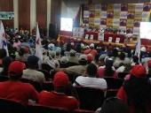 Tareck El Aissami se reunió con integrantes de partidos aliados y el Gran Polo Patriótico (GPP) en la concha acústica del Hotel Maracay. A la reunión asistieron representantes de las organizaciones Tupamaro, Redes, MED, UPV, PPT  y FRC entre otros.  18 de noviembre de 2012.
