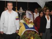 Tareck El Aissami confirió orden Samán de Aragua post mórtem a Alfredo Duur. 21 de septiembre de 2013