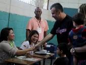 Tareck El Aissami ejerce derecho al voto en Elecciones Municipales. 08 de diciembre de 2013
