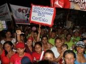 """Tareck El Aissami participó en una concentración realizada en la Base Aérea Libertador, donde aseveró que """"Aragua será vanguardia de la Gran Misión Vivienda Venezuela"""". 29 de noviembre de 2012."""