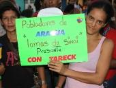 Tareck El Aissami recorrió el barrio Bolívar del municipio Girardot. Visitó las viviendas de varias familias y conversó con  los integrantes de la comunidad. 25 de noviembre de 2012.