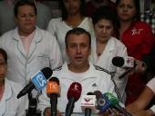Tareck El Aissami recorrió el Hospital Central de Maracay junto a su familia. 17 de septiembre de 2014