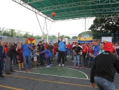 Tareck El Aissami reinauguró cancha deportiva en Coropo 2. 26 de septiembre de 2013