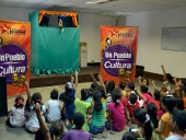 Una gotica de cultura y amor para los niños refugiados. 16 de mayo 2013